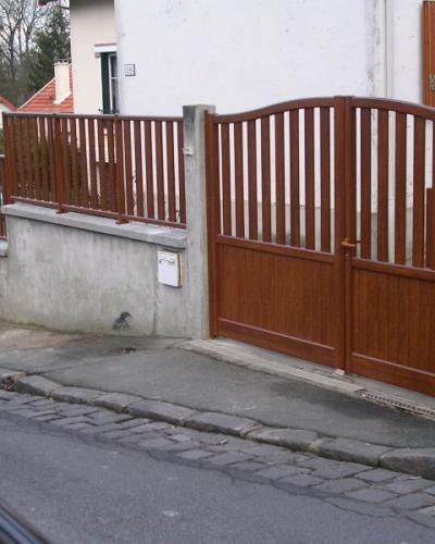 Portail et Clôture en Aluminium ton Bois
