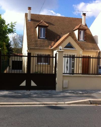 Portail, clôture et portillon en Aluminium Noir
