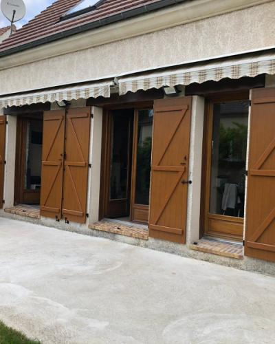 Volets Battants Chêne Doré EHRET - Renovation Maison