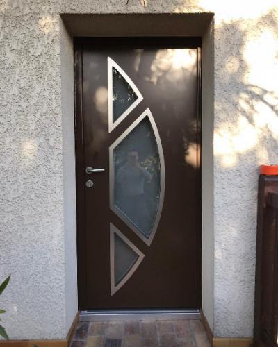 Porte d'entrée en Aluminium CETAL Couleur intérieure / extérieure personalisée